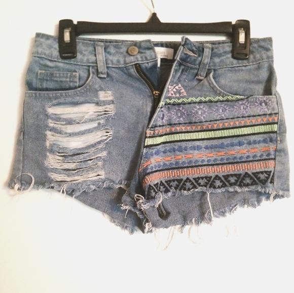 043b3310f2 Cello Shorts | Jeans Aztec Pattern | Poshmark